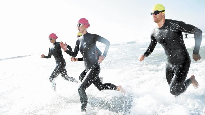 Victoire d'Abdellah Tiliwi et de Kawtar Ben Doumou au triathlon d'Essaouira