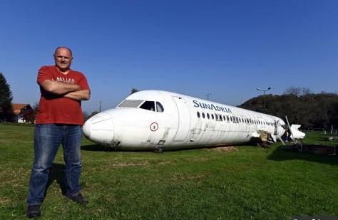 Insolite : Un Fokker-100 transformé en attraction touristique
