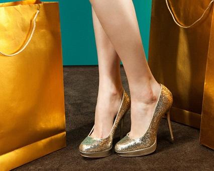 Insolite : Arrêtée avec 2 kilos d'or dans ses chaussures