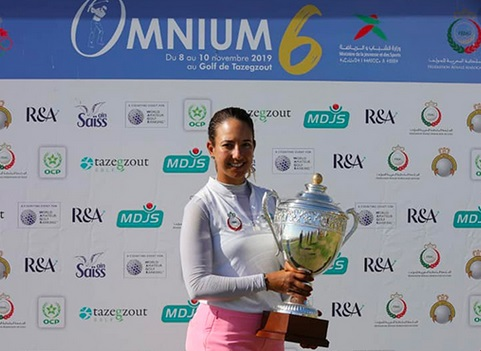 Maha Haddioui remporte le tournoi Omnium VI de golf