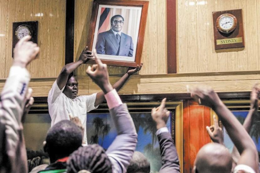Deux ans après le coup d'Etat, les Zimbabwéens se sentent trahis