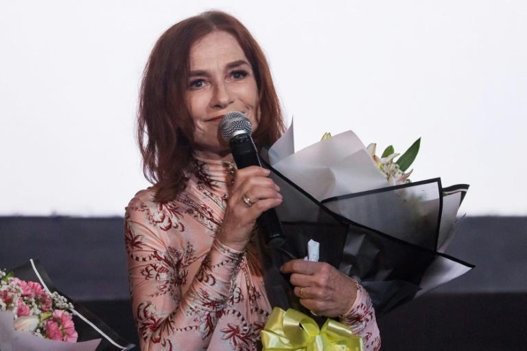Isabelle Huppert : Il faut mieux protéger les  actrices économiquement