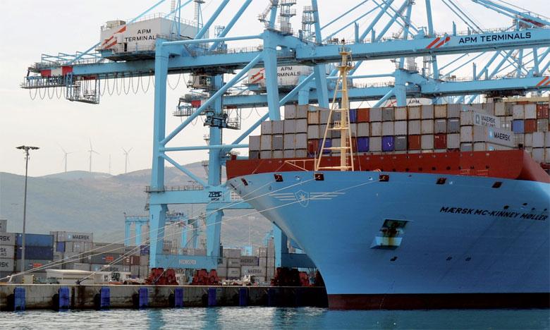 Hausse persistante des importations de biens