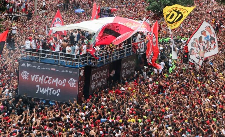 Les héros de Flamengo fêtés comme au carnaval