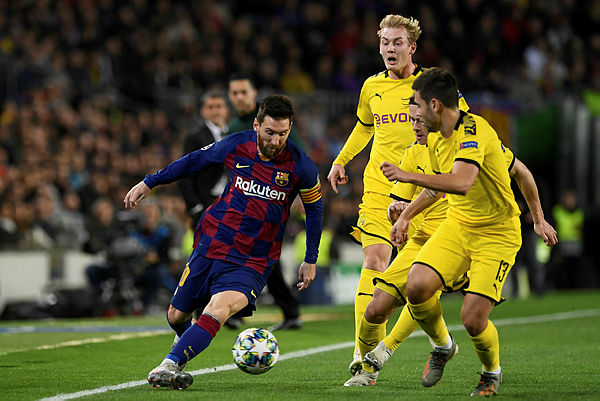 Messi brille et qualifie le Barça, à une semaine du Ballon d'Or