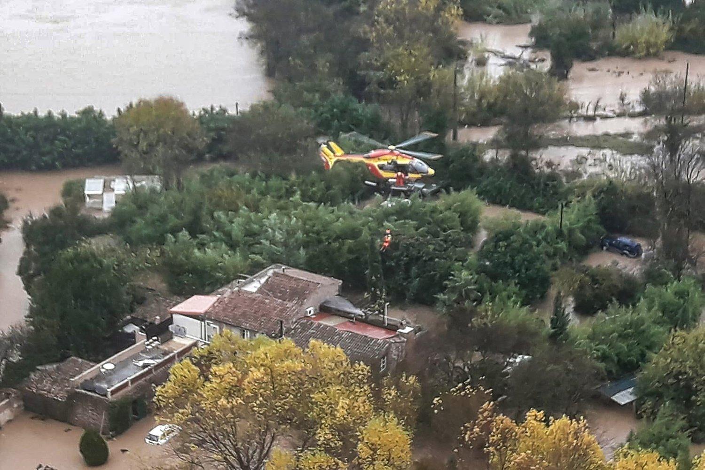 Les intempéries en France font cinq morts dont trois secouristes en hélicoptère