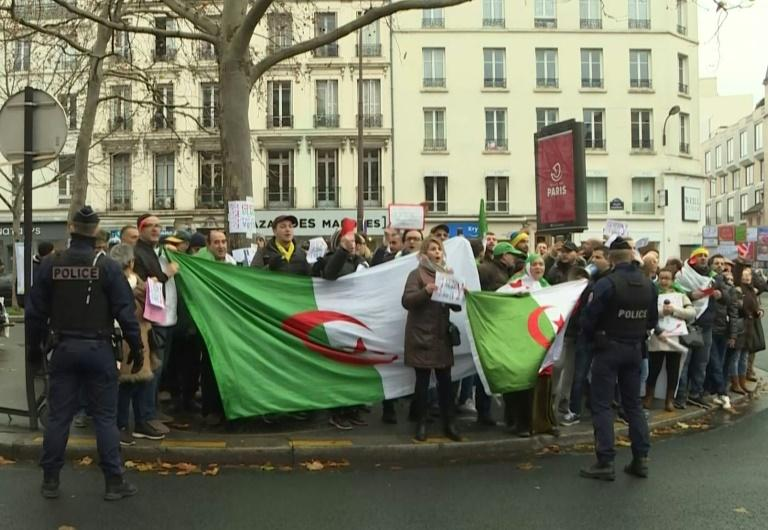 Présidentielle algérienne: Vote sous tension dans plusieurs villes françaises