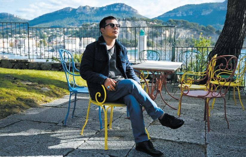 """Malgré la peur des attentats, la résilience artistique d'Aziz Hazara, """"kid"""" de Kaboul"""