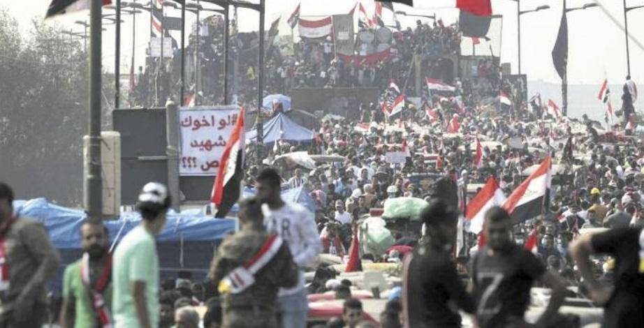 Manifestations et routes coupées en Irak