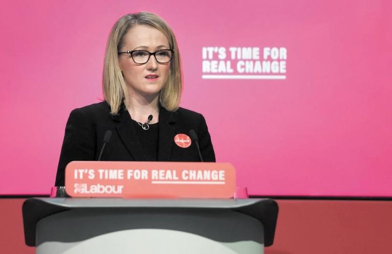 Rebeca Long Bailey se lance dans la course à la tête du Labour