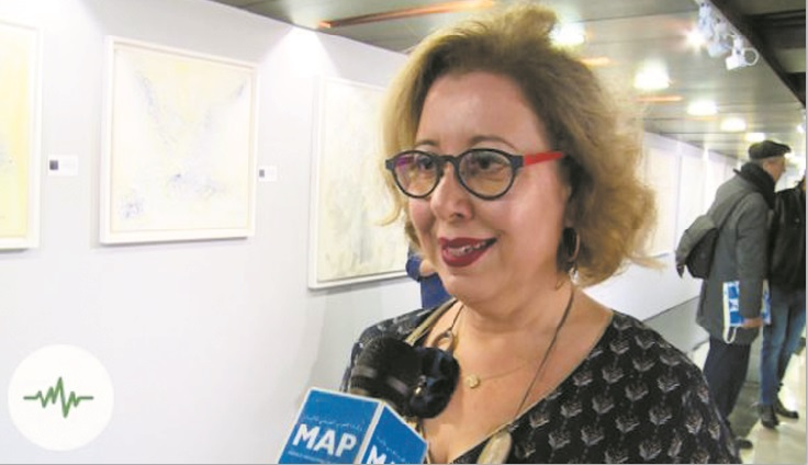 "Hayat Kadiri et Touria Licer exposent leurs ""Traces lumineuses"" à Rabat"