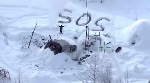 Insolite : Il survit plus de 20 jours dans le froid glacial de l'Alaska