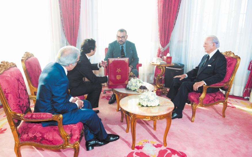 S.M le Roi préside la cérémonie de présentation du programme intégré d'appui et de financement des entreprises et de signature des conventions y afférentes
