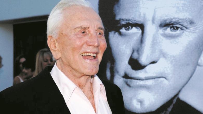 Kirk Douglas, le fils de chiffonnier devenu légende de Hollywood