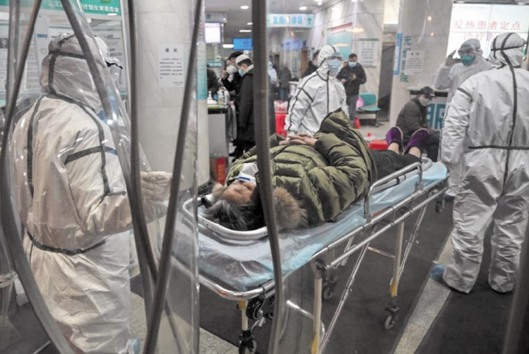A Wuhan, des médecins mal protégés travaillent dans la peur