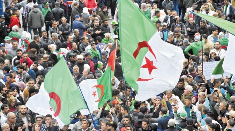 Les Algériens bouclent un an de contestation populaire inédite