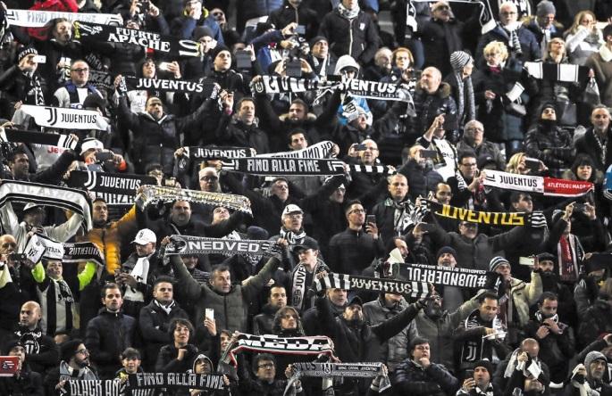 """""""Nous n'avons pas la peste"""", clament les supporteurs Turinois"""
