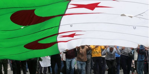 Une dizaine d'interpellations lors de la répression d'une marche antirégime en Algérie