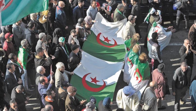 Nouvelle prolongation de la garde à vue de militants du Hirak algérien