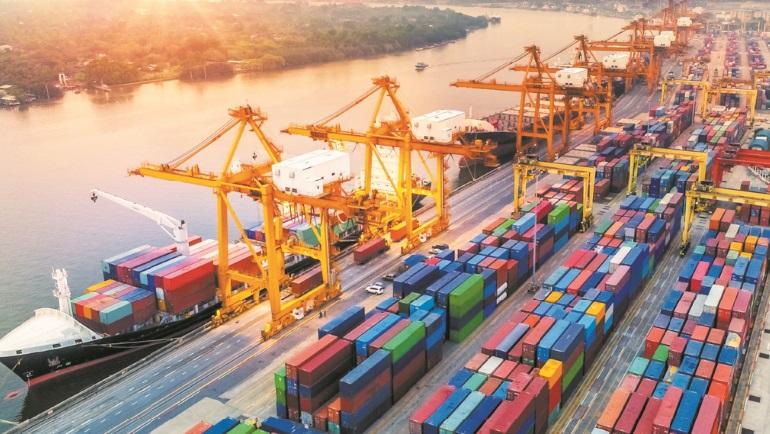 Le trafic portuaire revu à la hausse