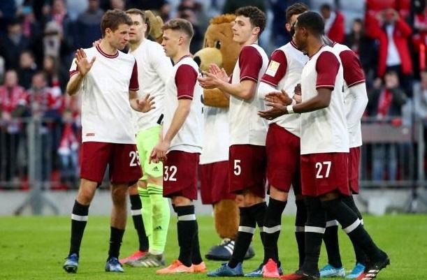 Les joueurs allemands disent oui à une baisse de salaire
