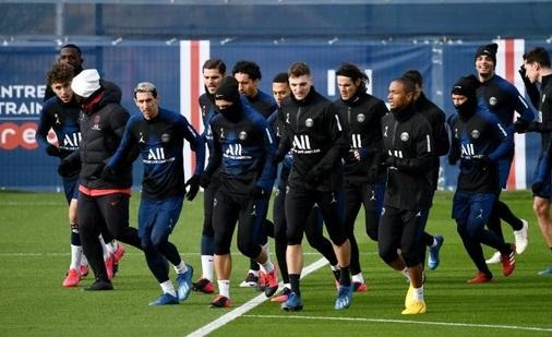 Ligue 1: Pourquoi la baisse des salaires tarde-t-elle ?