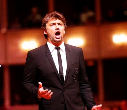 """Des stars de l'opéra appellent à aider le lyrique, art """"fragile"""""""