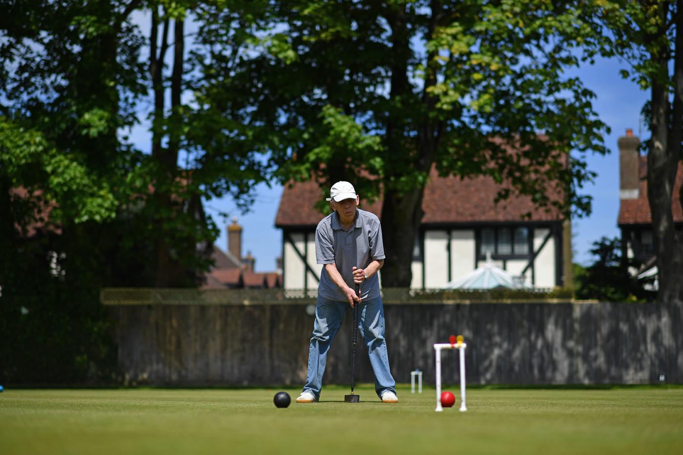 En Grande-Bretagne, le croquet se veut sport idéal de la distanciation
