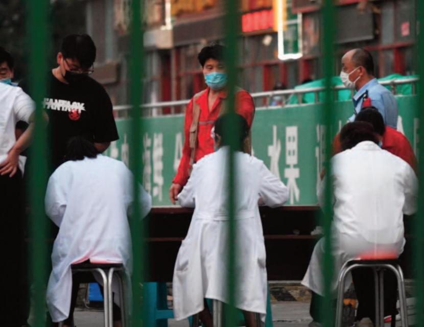 L'épidémie rebondit en Chine au moment où l'Europe rouvre ses frontières
