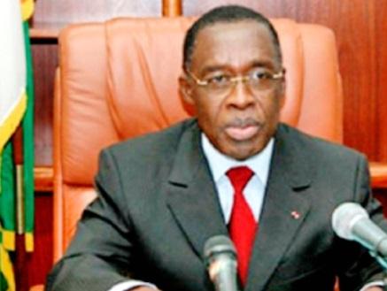 Eugène Aka Aouélé, ministre ivoirien  de la Santé et de l'Hygiène publique : Un geste important de solidarité