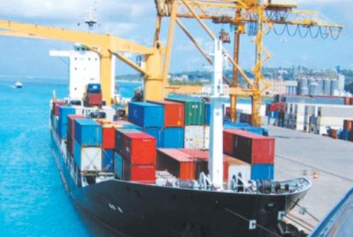 Allègement du déficit commercial à fin mai