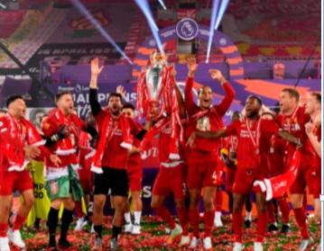 Feu d'artifice pour Liverpool : Pression sur Chelsea et Manchester United