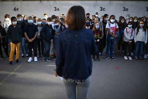 Rentrée masquée de la France à la Russie