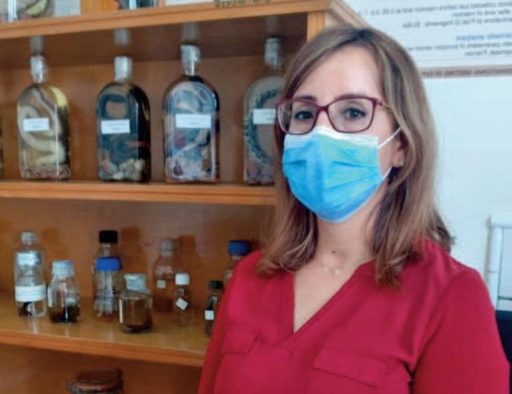 Dr. Naoual Oukkache, responsable du laboratoire venins et toxines à l'Institut Pasteur du Maroc