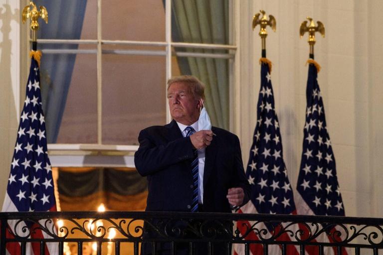 Trump quitte l'hôpital, Paris ferme ses bars