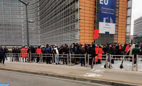 Les séparatistes font choux blanc à Bruxelles