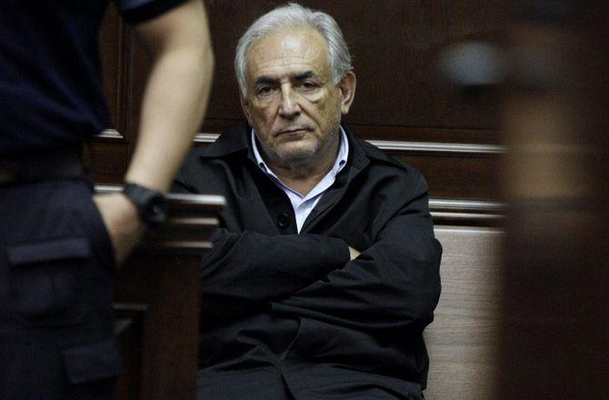 """DSK veut livrer sa """" version des faits """" dans un documentaire"""
