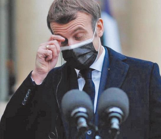 Le président français Emmanuel Macron diagnostiqué positif à la Covid-19