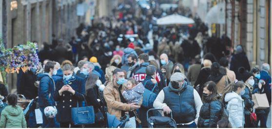 Londres et l'Italie se reconfinent pour éviter un rebond de l'épidémie