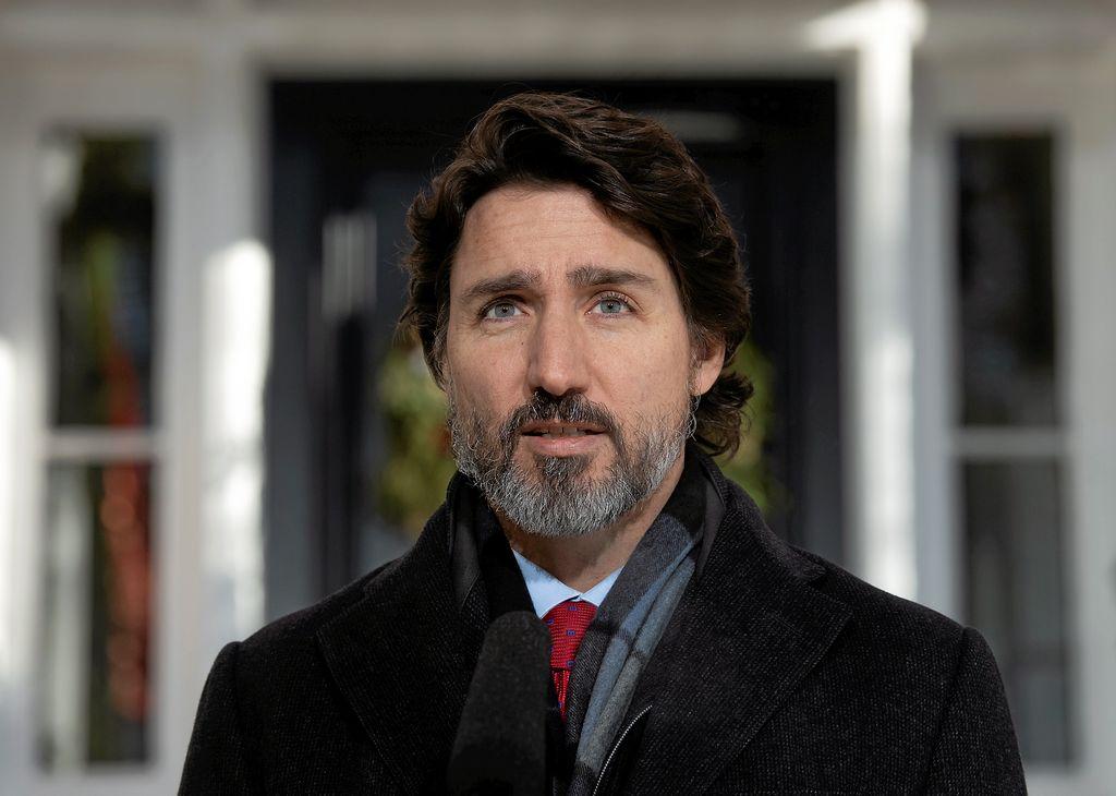 Trudeau se fera vacciner en public mais attendra son tour