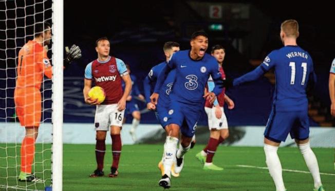 Premier League: Chelsea s'accroche mais ne convainc pas
