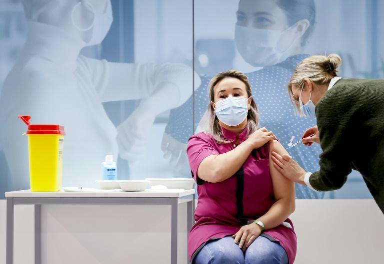 Les Pays-Bas lancent la vaccination