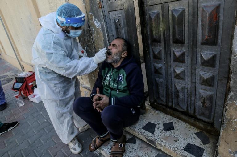 Ne pas compter sur une immunité collective en 2021, avertit l'OMS
