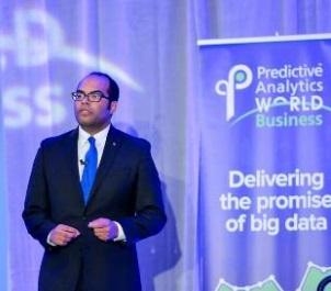 """Anasse Bari: Gagner les élections dans un monde propulsé par l'IA est un """"jeu de chiffres"""" qui se déroule sur les médias sociaux"""