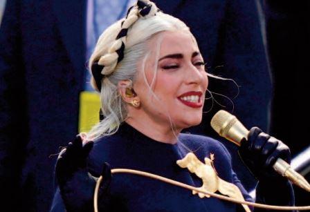 Lady Gaga vole une nouvelle fois la vedette lors de l'investiture de Joe Biden