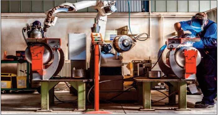 Le secteur manufacturier maintient son redressement