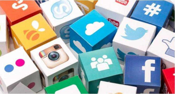 Les réseaux sociaux et la société Effets et contraintes