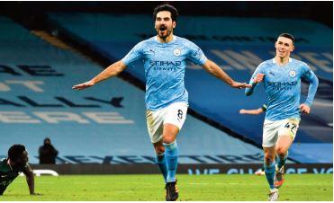 City s'envole, Liverpool capitule