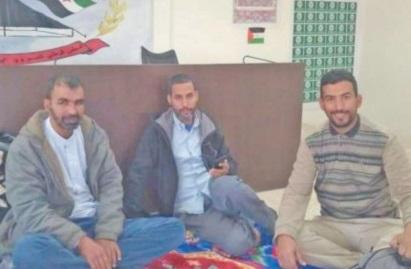 Sit-in devant le siège du prétendu Parlement du Polisario