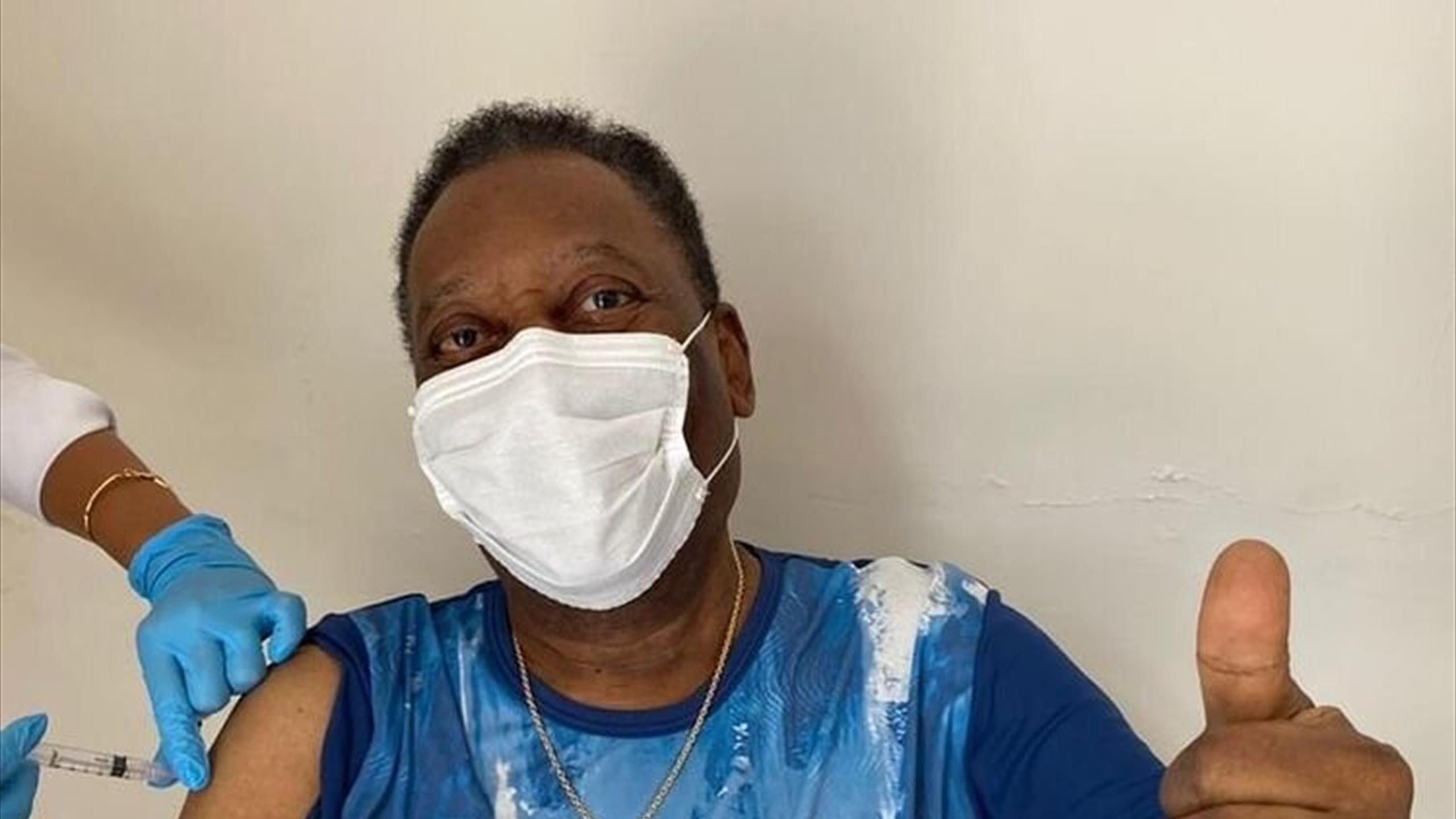 Pelé : Aujourd'hui a été un jour inoubliable. J'ai été vacciné !